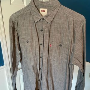 Levi's shirt, size M, color dark gray